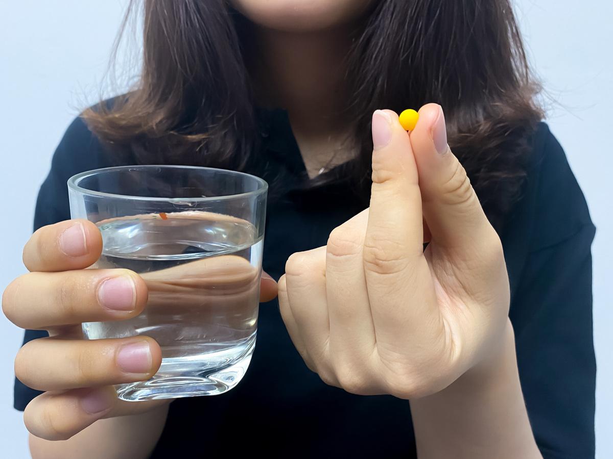 Uống thuốc tránh thai hàng ngày thường xuyên