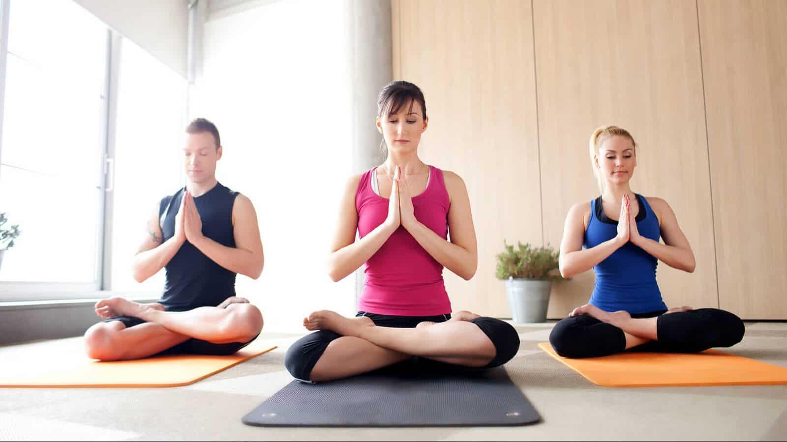 Các bài tập Yoga giúp cơ thể tăng cường thải độc, bảo vệ làn da bạn từ sâu bên trong.
