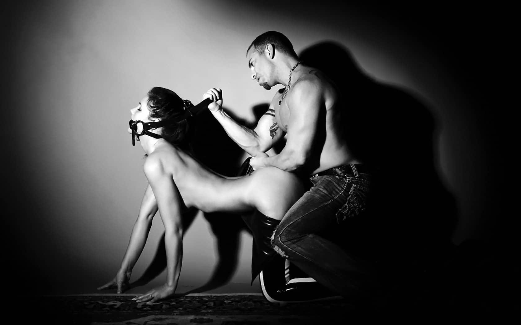 Bạn có thể thử thách bản thân với việc quan hệ thô bạo kích thích ham muốn của chàng