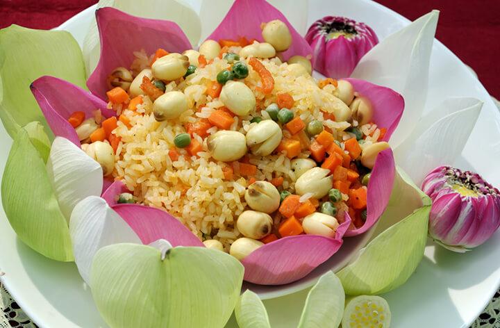 Những món ăn có hạt sen vừa dễ ăn vừa tốt cho sức khỏe