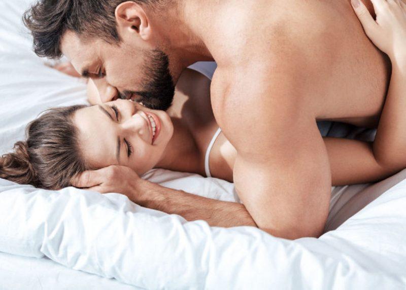 Vấn đề sức khỏe ảnh hưởng rất lớn để tần suất quan hệ của vợ chồng