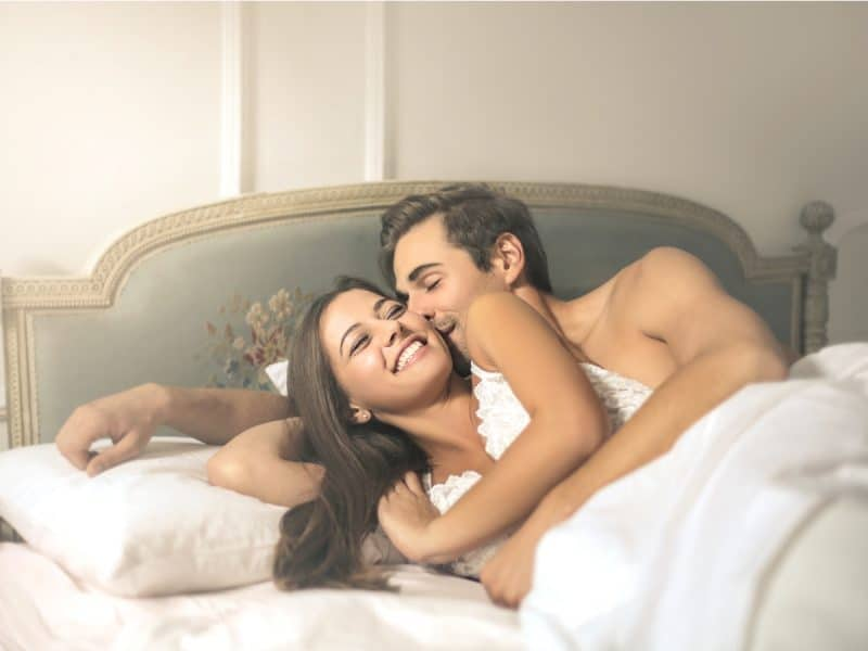 Việc thắt ống dẫn trứng giúp cả hai quan hệ không còn trở ngại