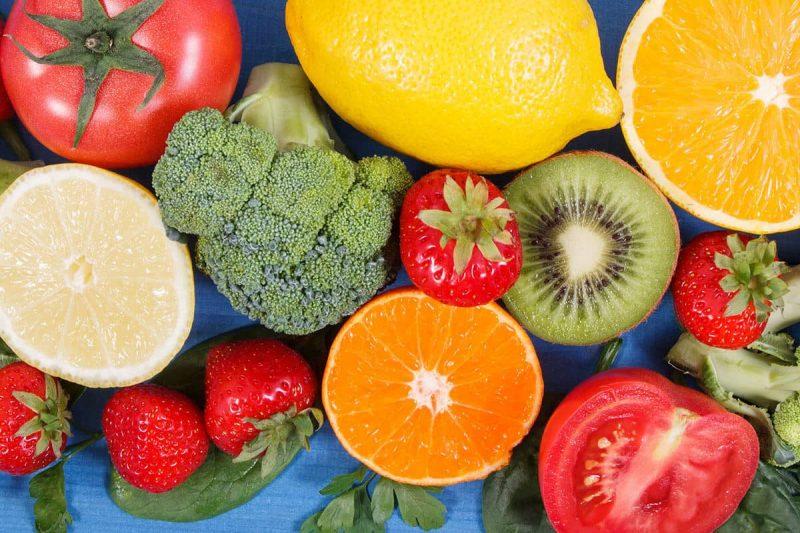 Ăn nhiều trái cây rau củ để vùng kín thơm tự nhiên