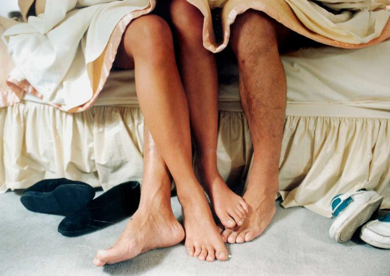 Nên kiêng quan hệ tình dục theo hướng dẫn của bác sĩ