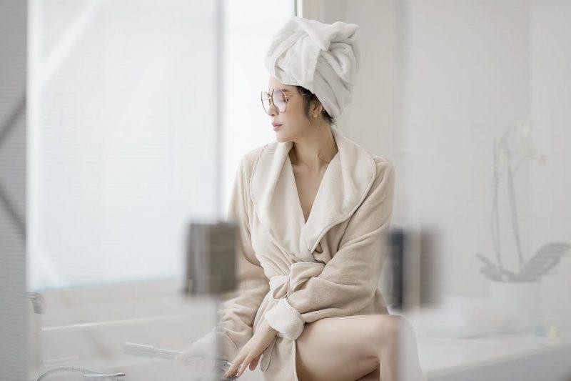 Bạn có thể khêu gợi chàng bằng việc yêu khi mới tắm xong