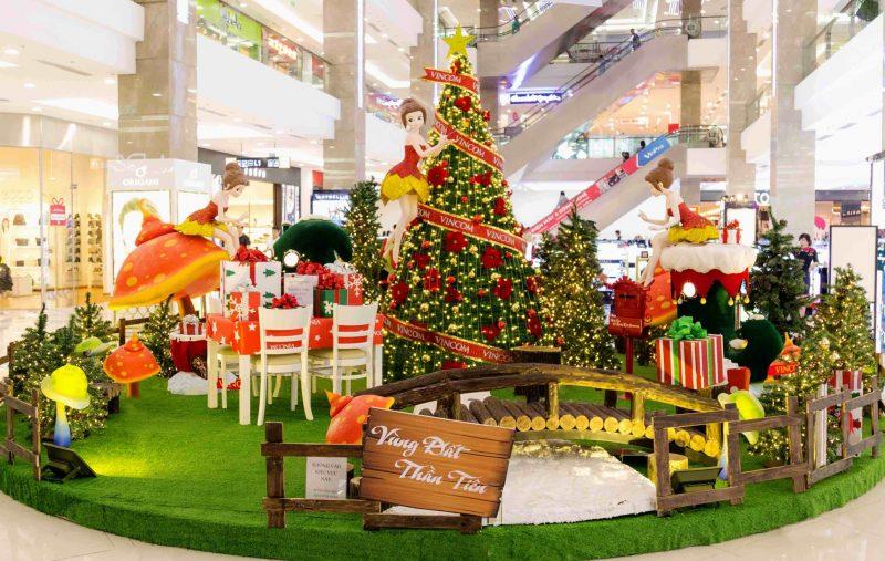 Địa điểm đi chơi Noel miễn phí hấp dẫn tại Hà Nội năm 2020