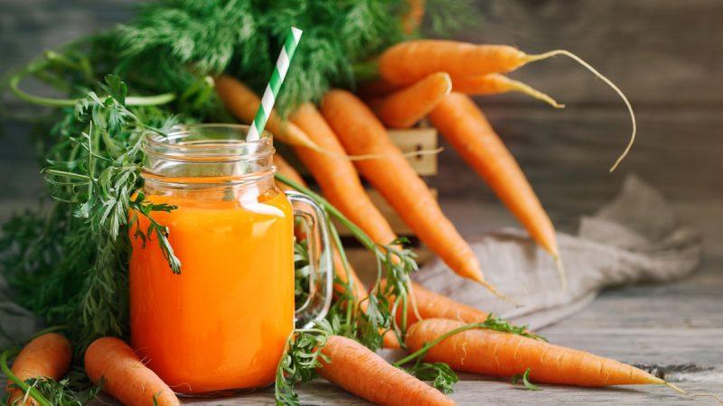 Cà rốt chứa lutein, giúp tăng mật độ sắc tố trong võng mạc