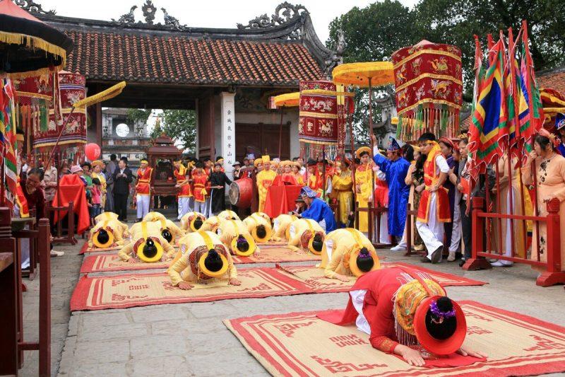 Lễ hội Cổ Loa là lễ hội lớn nhất ở huyện Đông Anh