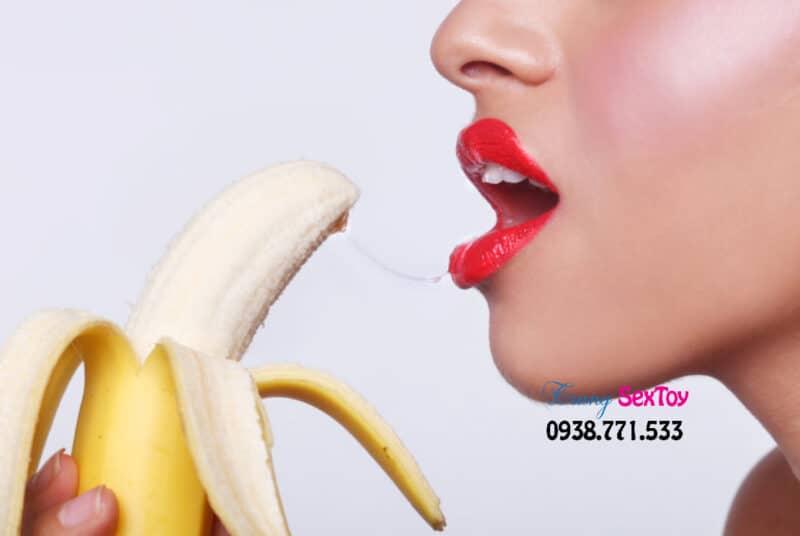 Oral Sex là một trong những cách quan hệ tình dục sau mãn kinh cho chị em