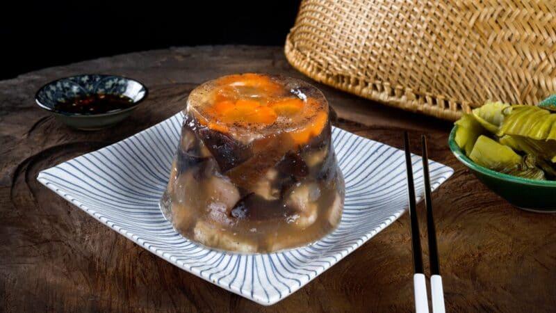 Món thịt đông vừa dễ ăn vừa bày trí đẹp mắt