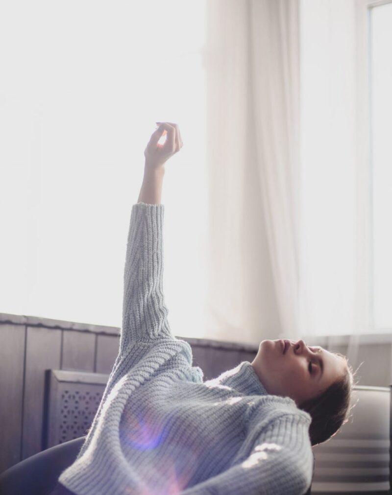 Thiếu hụt vitamin D sẽ dễ dẫn đến những triệu chứng về xương và bệnh tim mạch.