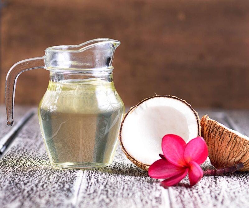 Cách chữa đa nang buồng trứng dân gian bằng dầu dừa