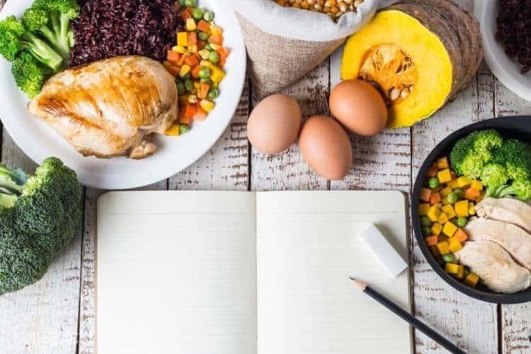 Ăn thực phẩm bổ dưỡng để hết mệt trong người