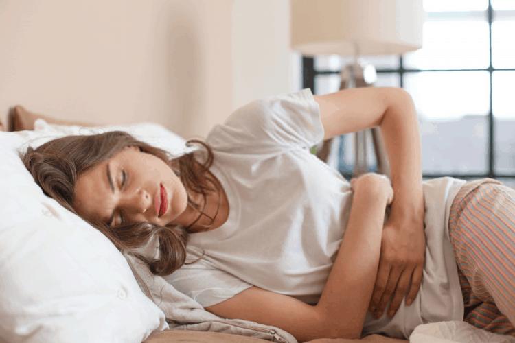 Đau bụng kinh do ăn uống không lành mạnh