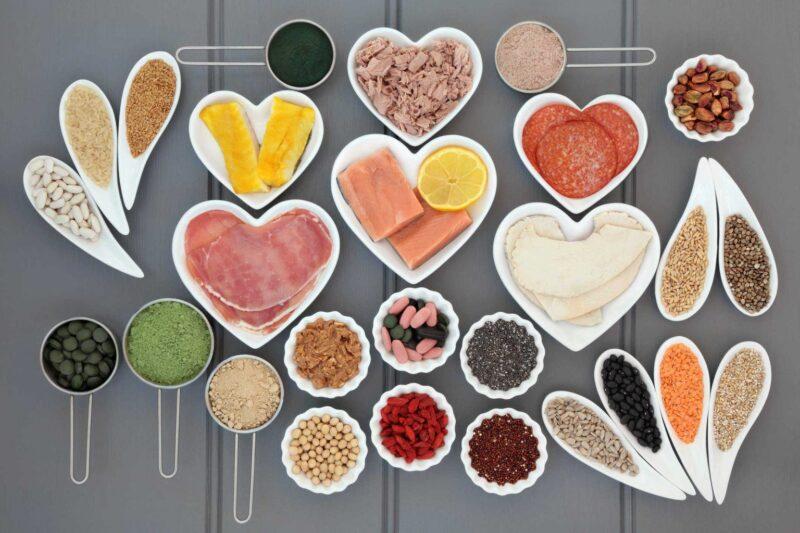 Thực phẩm giàu axit folic và vitamin B12 cải thiện da mặt xanh xao