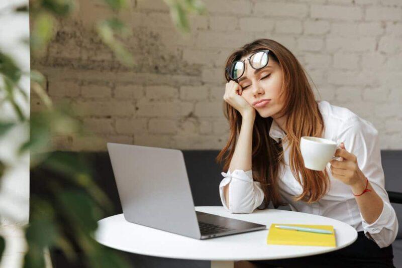 Tác hại của cà phê đối với phụ nữ: Phá vỡ giấc ngủ