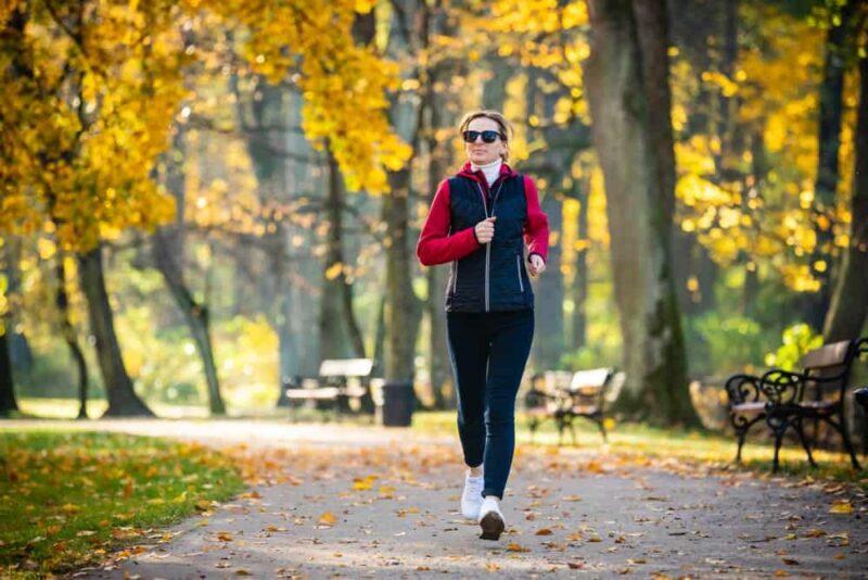Luyện tập thể thao để duy trì tuổi hồi xuân của phụ nữ