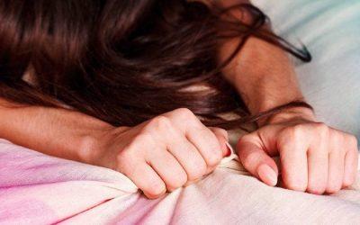 Những dấu hiệu và triệu chứng đau khi cực khoái